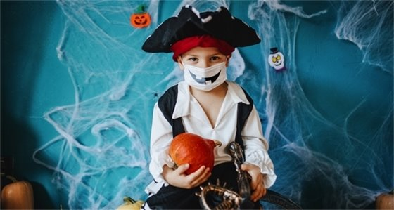Pirate Costume With Mask